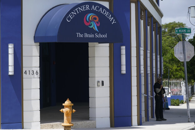 Centner Academy v Miami.