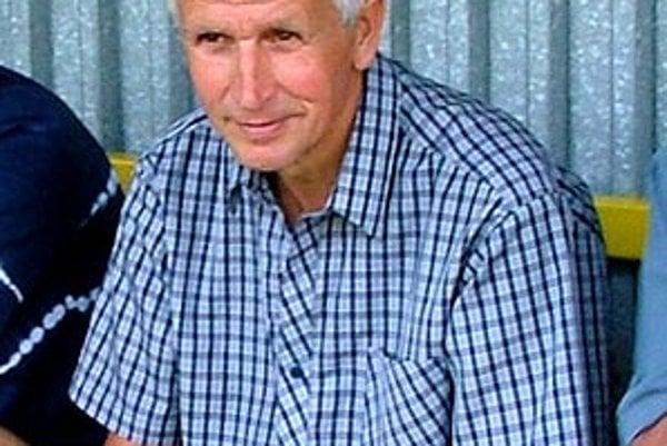 Jozef Kollárik ide do známeho prostredia. Vráble viedol aj pred 7 rokmi.
