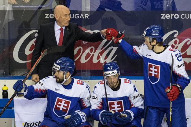 Craig Ramsay na lavičke slovenského tímu.