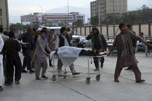 K výbuchu došlo neďaleko školy v prevažne šiitskej štvrti Dašte Barčí na západe Kábulu.