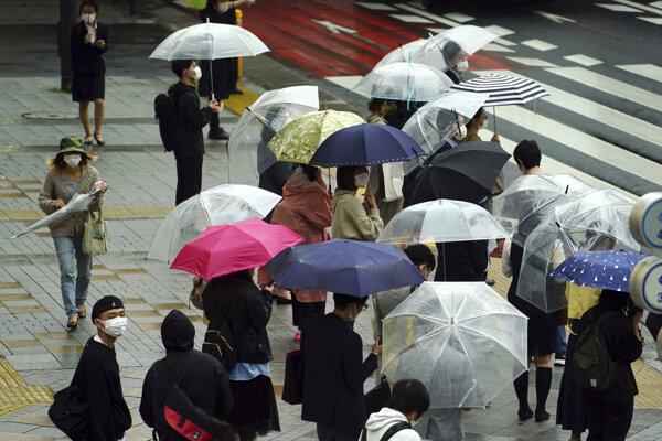 Obyvatelia Tokya.