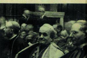 Cirkevní hodnostári sa v minulosti nevyhýbali pôsobeniu v politike.