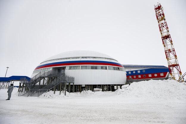 Arktický trojlístok. Najsevernejšie položená ruská vojenská základňa.
