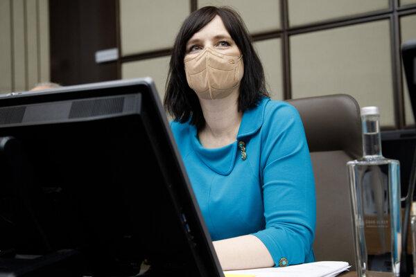 Veronika Remišová na zasadnutí vlády.