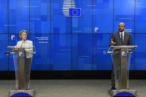 Predsedníčka Európskej komisie Ursula von der Leyenová a šés Európskej rady Charles Michel.