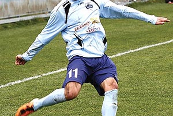 Lukáš Zelenický strelil v Seredi dva góly a pomohol k výhre nitrianskej rezervy.