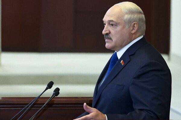 Alexandr Lukašenko v priebehu prejavu na pôde parlamentu.