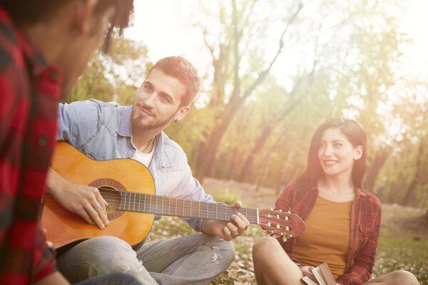 Hudba robí ľudí šťastnejšími a zdravšími.