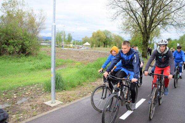 Cyklotrasa z Martina do Vrútok je už dokonená.