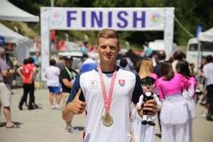 Cyklistom, ktorý zahynul, bol Adrián Babič (24) z Popradu.