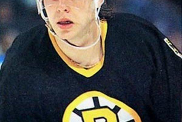 V NHL odohral 16 sezón. Kariéru začínal ako 19-ročný v Bostone. Písal sa rok 1992.