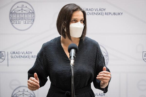 Ministerka Kolíková.