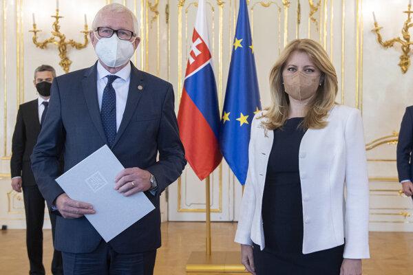 Šéf SAV Pavol Šajgalík a prezidentka Zuzana Čaputová.