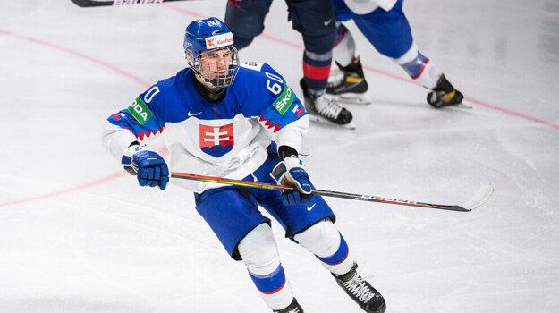 Juraj Slafkovský na MS v hokeji 2021.