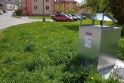 Nádoby na bioodpad rozmiestnili na sídlisku.
