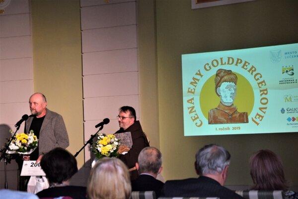 Preberanie historicky prvého ocenenia za zachovanie aprezentáciu hmotného anehmotného kultúrneho dedičstva.