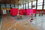 V Gelnici očkujú v priestoroch základnej školy.