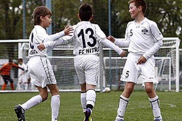 Piataci FC Nitra sa tešili z víťazstva 9:2 nad Piešťanmi.