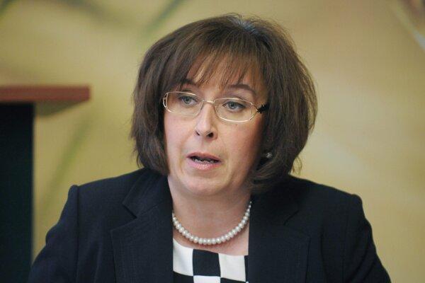 Zuzana Nouzovská.