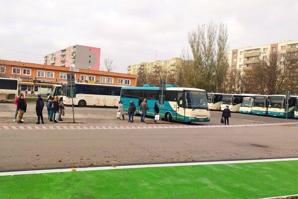 Prímestskú autobusovú dopravu čakajú od 1.7. zmeny.
