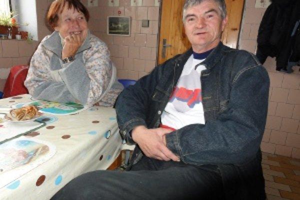 Bezdomovci Mária a František. Vianoce strávia v nitrianskej nocľahárni.
