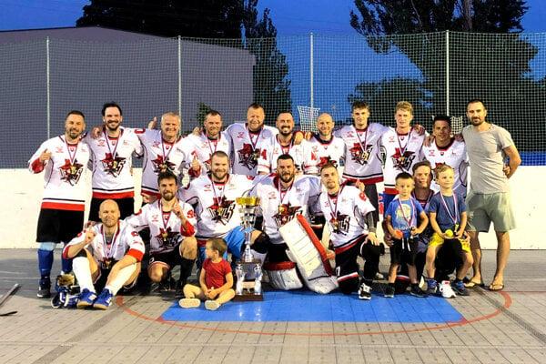 Mužstvo Devils, víťazi NHBL 5+1.