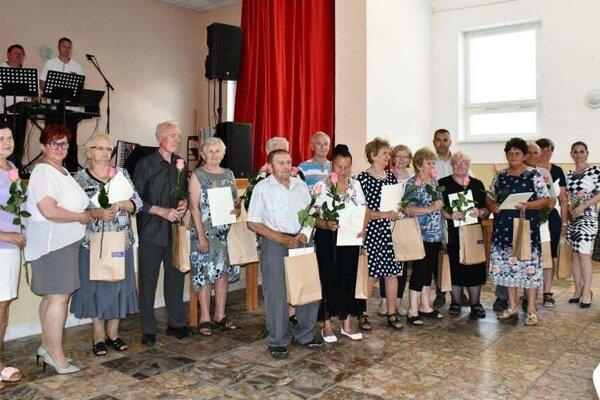 Klub dôchodcov vo Veľkých Bedzanoch.