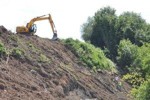 Zemné práce na stavbe R3 Tvrdošín - Nižná.