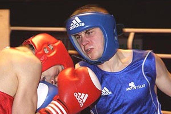Michal Zátorský sa úspešne predstavil v Brne a mal by boxovať aj v nedeľu proti českému majstrovi z Prostějova.
