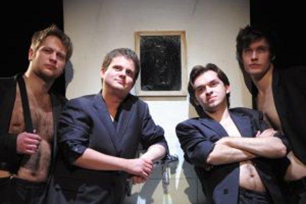 Štvorica mladých hercov divákov pobaví v komédii Bola raz jedna trieda.