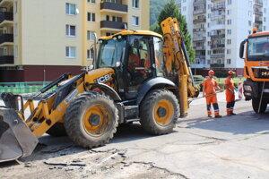 Na ploche pred Základnou školou Andreja Bagara vzniknú nové parkovacie miesta.