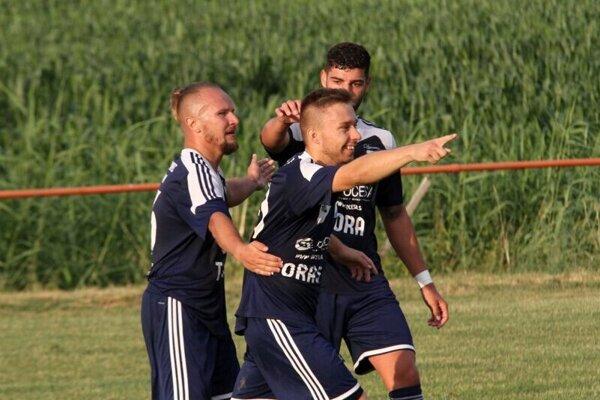 Futbalisti Trnovca n/V. jasne vyhrali v Dolných Krškanoch.