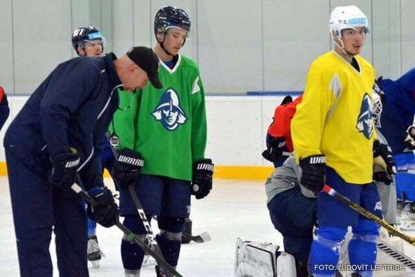Martinčania pod vedením trénera Daniela Babku trénujú na ľade od druhej polovice júla.