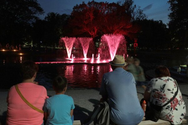 Na podujatí Piknik v parku sa po hĺbkovej údržbe predstaví aj Plávajúca fontána.