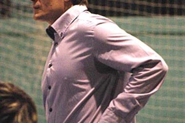 Tréner basketbalistiek Nitry Martin Pospíšil by rád siahol na bronz.