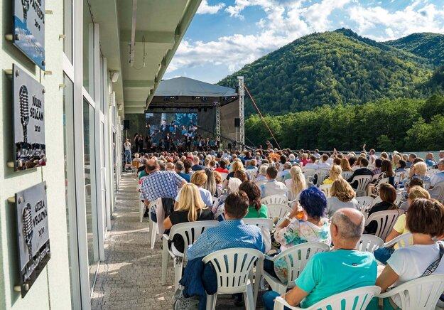 Diváci si Muzikálový festival užívali.