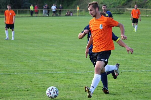 Filip Kolorédy pomohol Dolnému Kubínu k postupu dvomi gólmi.