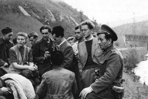 Rozhlasáci pri odchode z Banskej Bystrice.