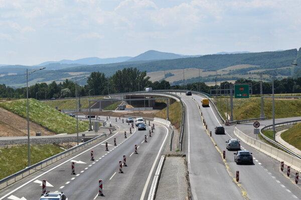 Križovatka Prešov, juh a napojenie na diaľnicu Prešov - Budimír.