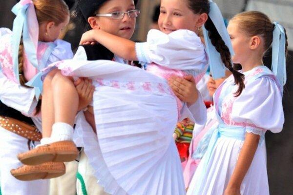V Múzeu slovenskej dediny v Martine sa dnes začína hlavný program Turčianskych slávnosti folklóru.