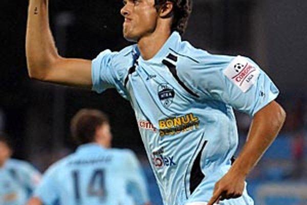 Ľuboš Kolár (rovnako ako Matúš Mikuš) sa v Dunajskej Strede tešil z tretieho gólu v sezóne.