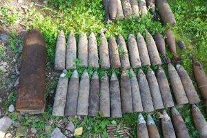 Muníciu zneškodnili pyrotechnici.