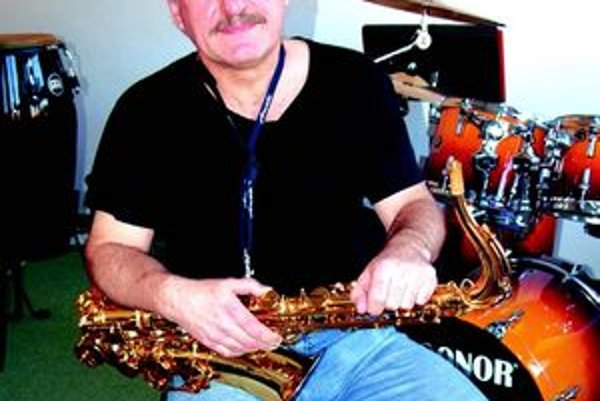 Jaroslav Dorotík - hudba ho živí ale je aj jeho najväčšou záľubou.
