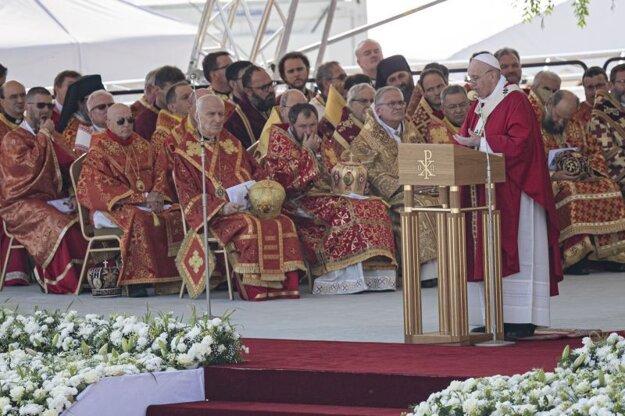 Božská liturgia svätého Jána Zlatoústeho, ktorej predsedá pápež František.
