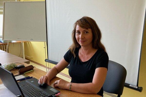 Učiteľkou je 15 rokov, v škole v Plešivci učí sedem rokov.