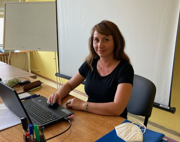 Renáta Pástorová Szappanosová je učiteľkou 15 rokov, v škole v Plešivci učí sedem rokov.
