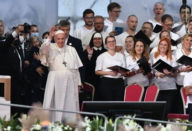 Stretnutie pápeža s mladými v Košiciach.