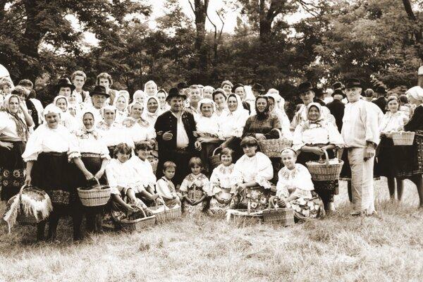 Jabloničania vkrojoch sa zúčastnili ako komparzisti natáčania Sváka Ragana. Bola to veľká udalosť.