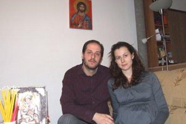 Manželia Nováčkovci oslávia v Nitre svoje prvé Vianoce.