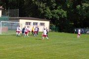 Po dobrom vstupe do súťaže čaká Kotešová (v modrom) na víťazstvo už mesiac.